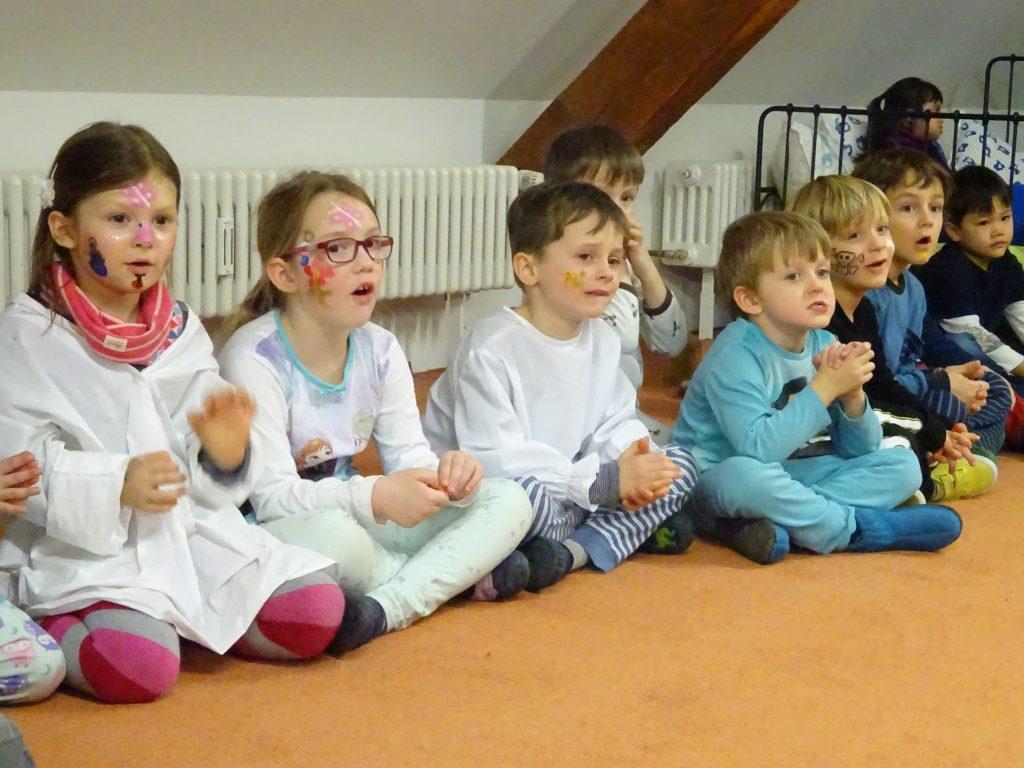 Gemeinsames Singen Fasmacht 2018, Wiehremer Montessori Kindergarten, Beethovenstrasse 8, 79100 Freiburg